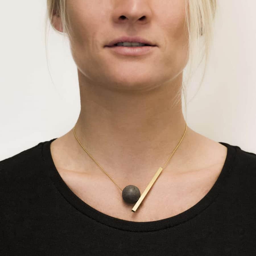 Betonový náhrdelník BET-N149