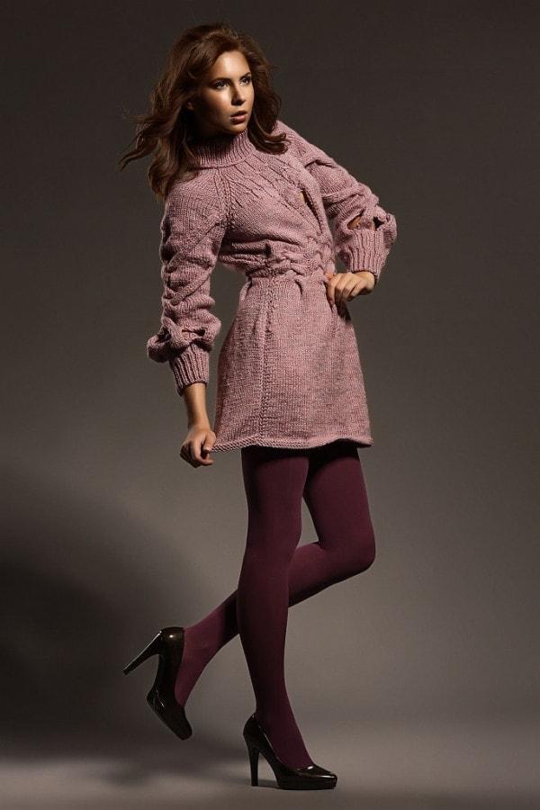 Pletené růžové šaty