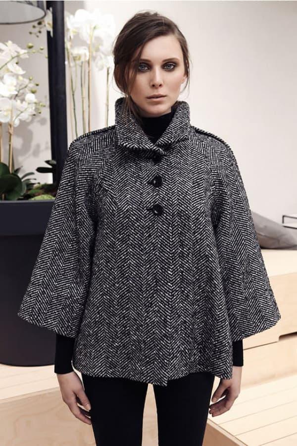 Teplý vlněný kabátek – vzor rybí kost