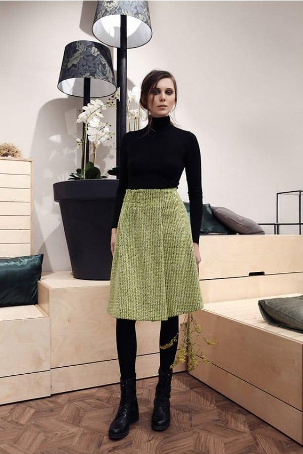Zelená vlněná sukně