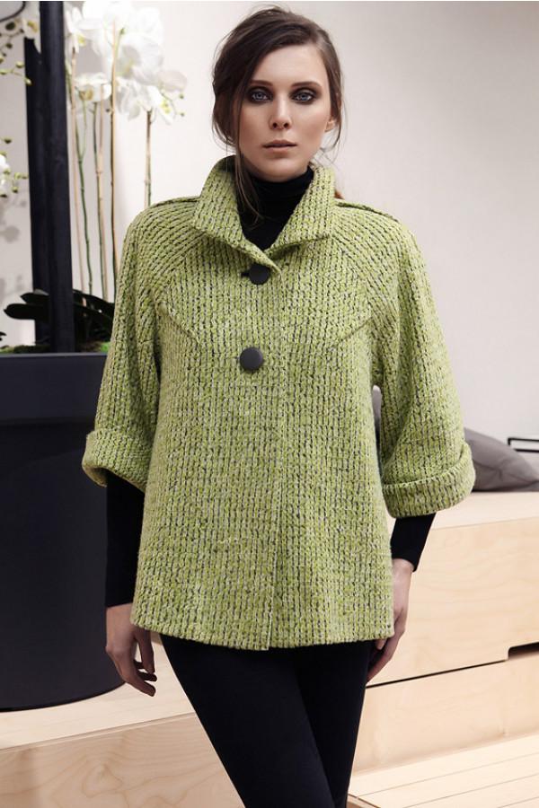 Zelený vlněný kabátek