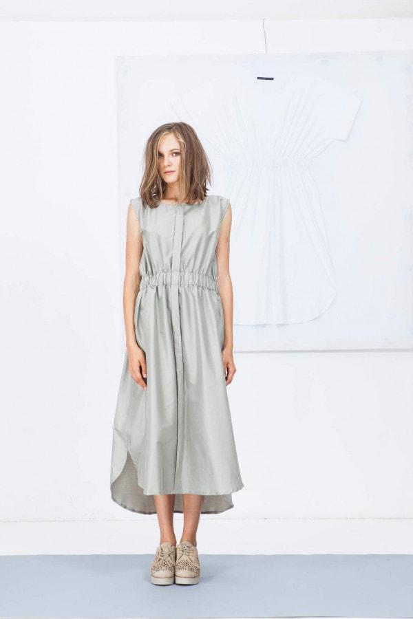 Šaty bez stojáčku 03