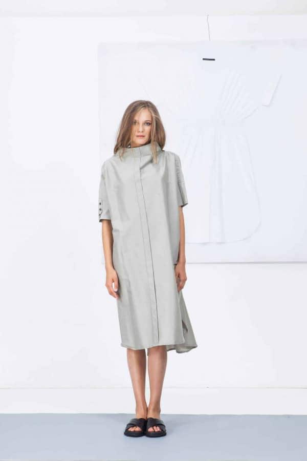 Šaty se stojáčkem 03