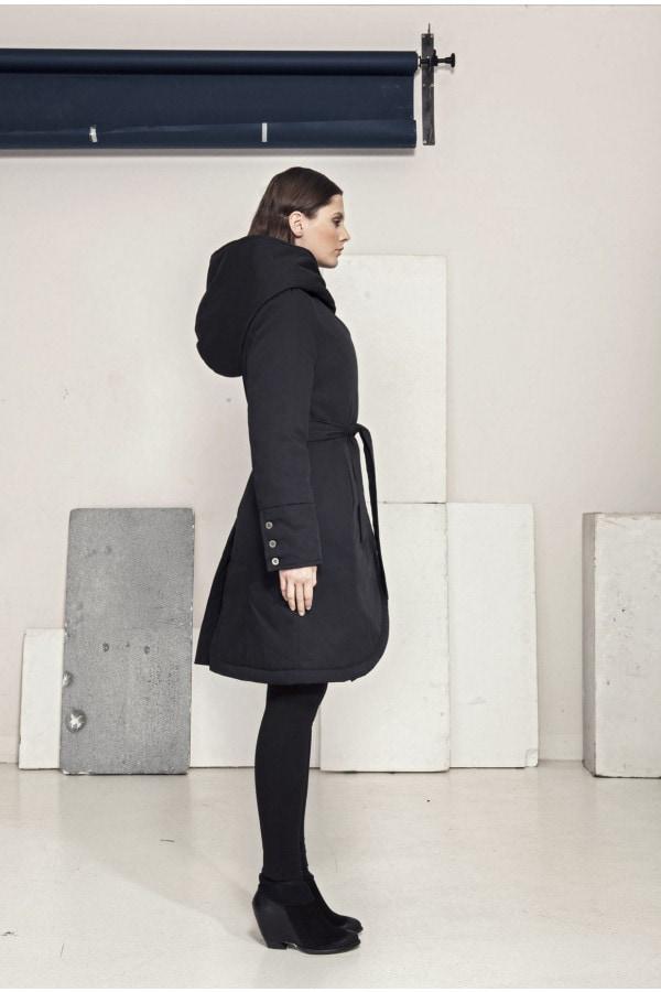 Zimní kabát s kapucí (Funkční materiál)