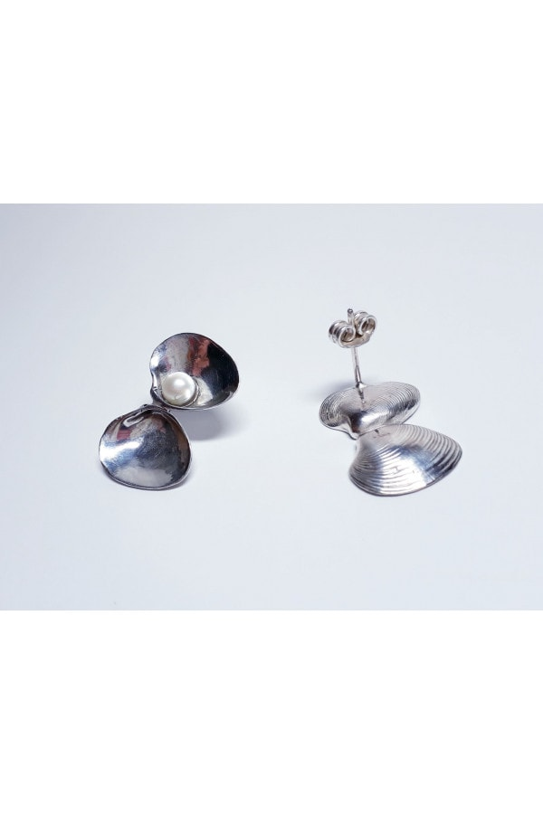 Náušnice mušle s perlou z Kostariky /  The shell earrings with pearl from Costa Rica