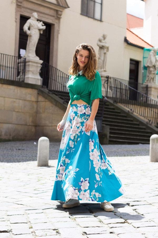 Áčková modrá sukně