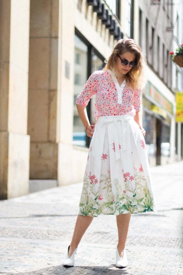 Bavlněná bílá sukně