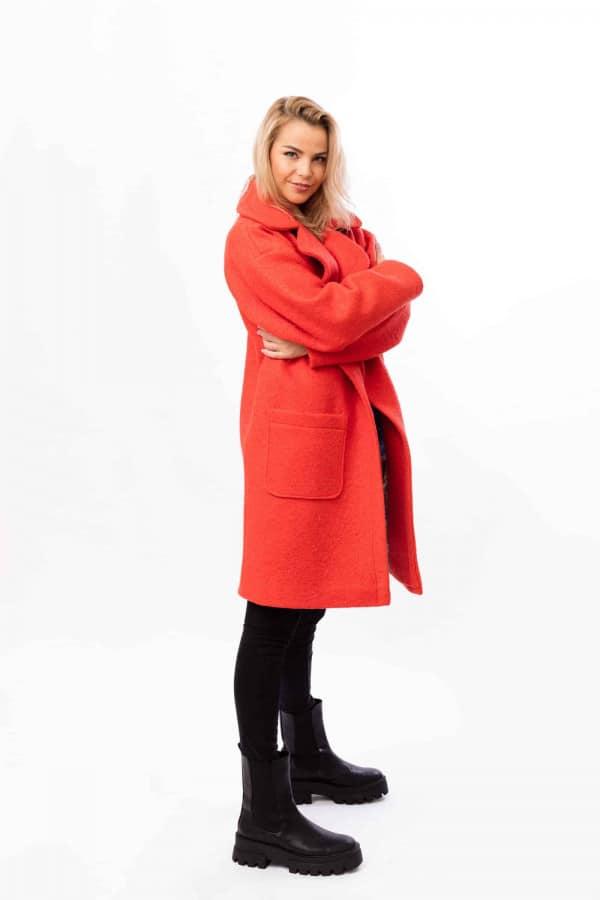 zimní kabát červený