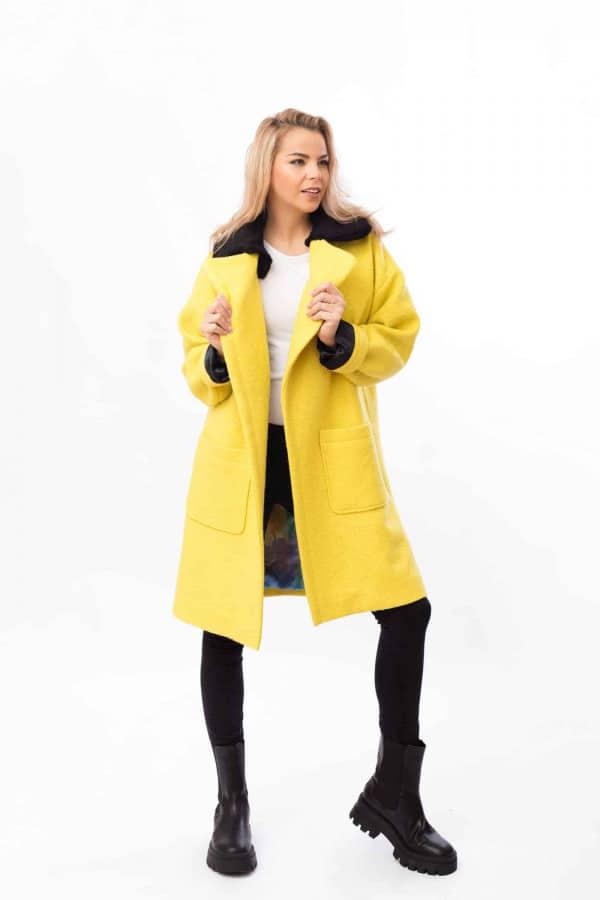 zimní kabát citrónový