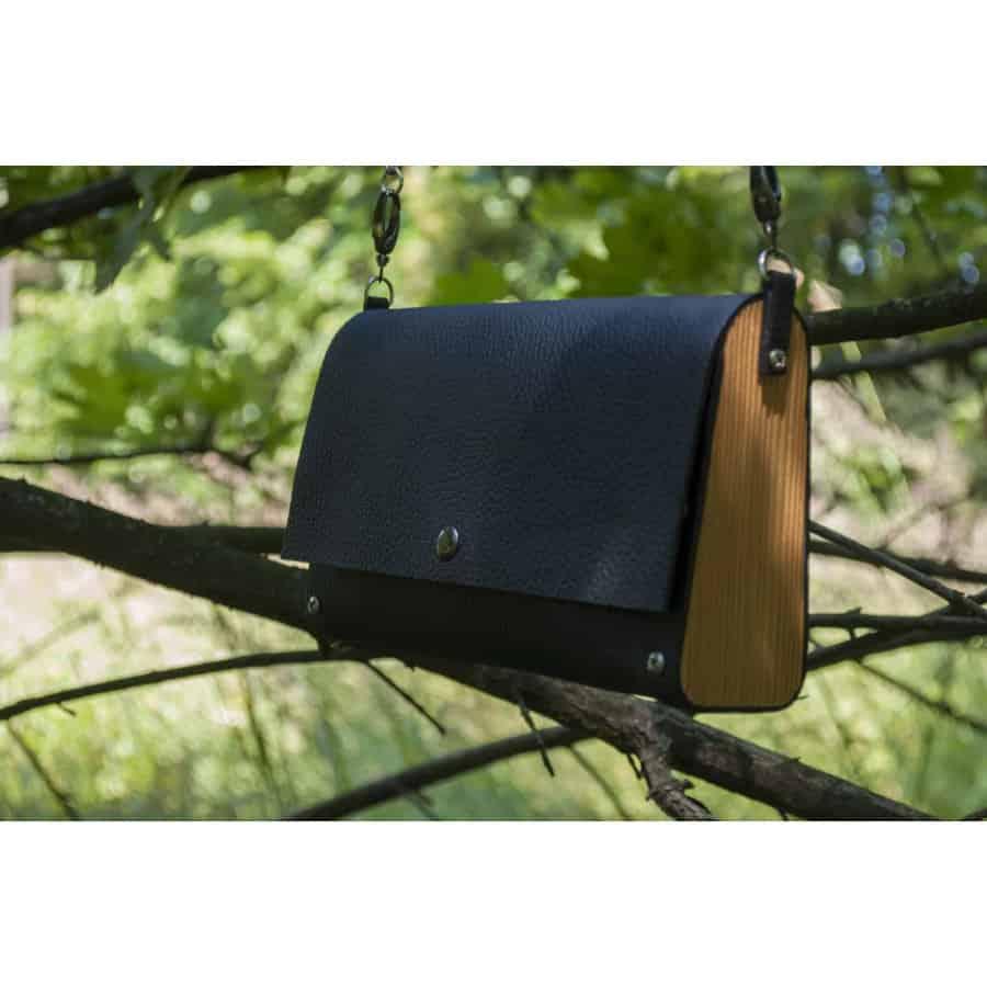 Dřevěná kabelka Anýzka