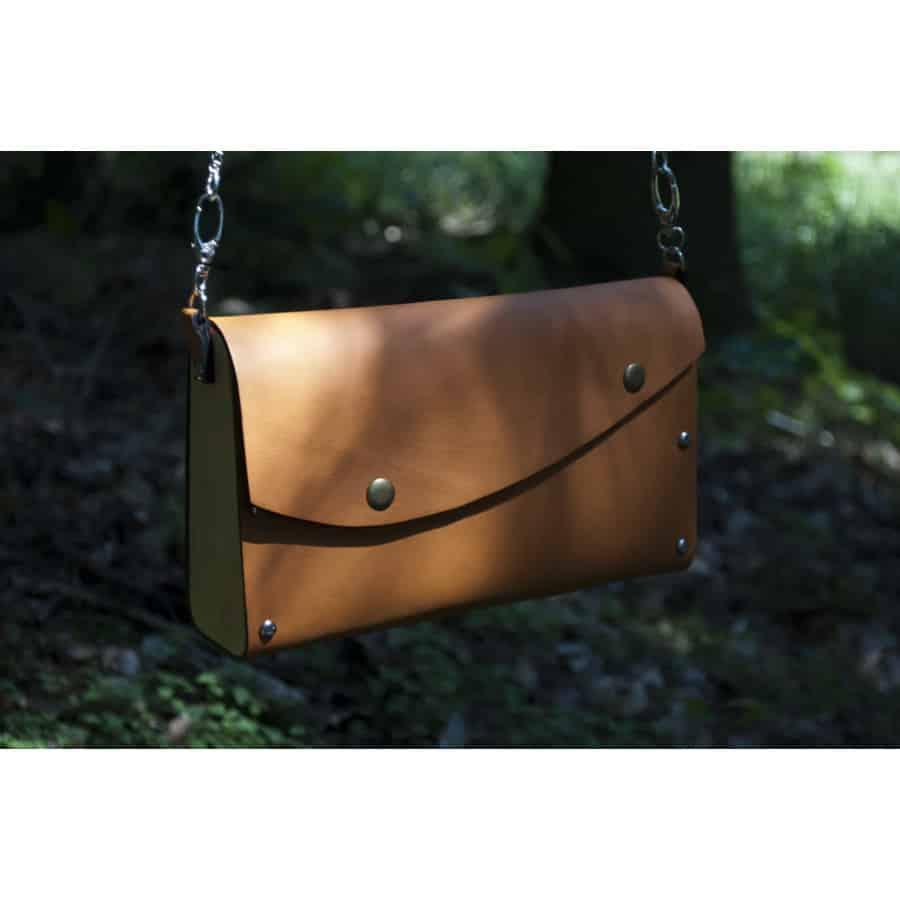 Dřevěná kabelka Formínka