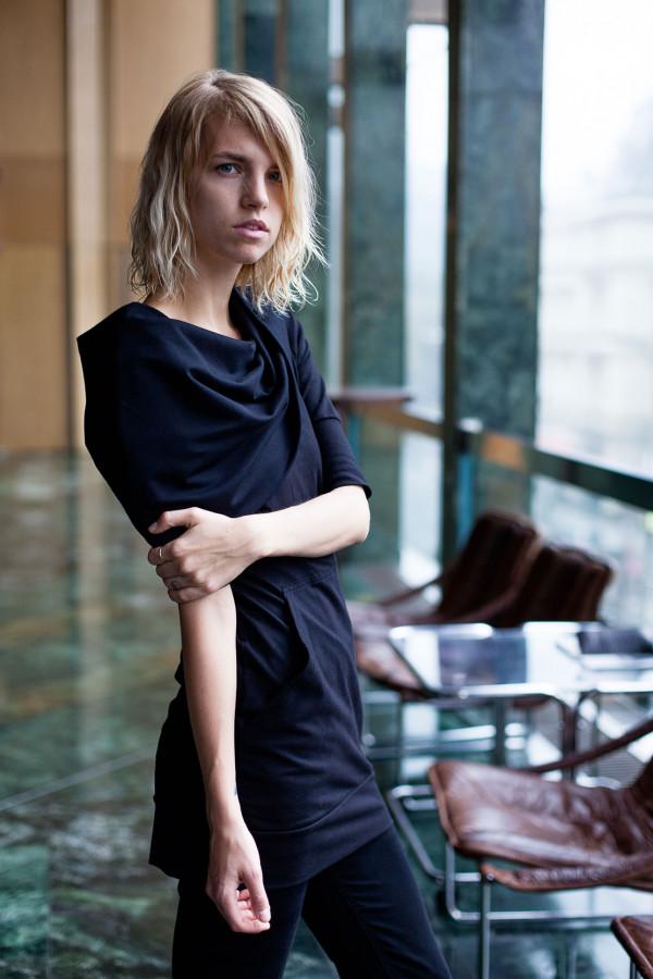 Basic šaty 055 s MAXI límcem