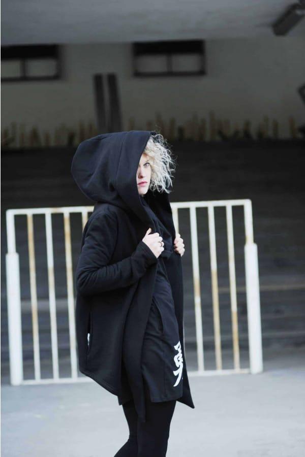 FNDLK Mikina s kapucí s lemem 270