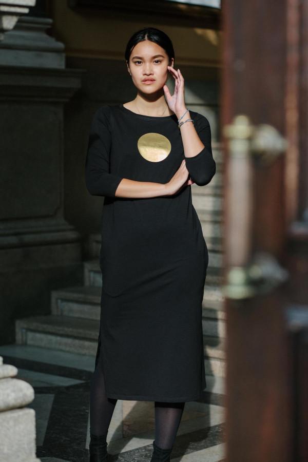 FNDLK úpletové šaty 325 RVL midi s rozparkami
