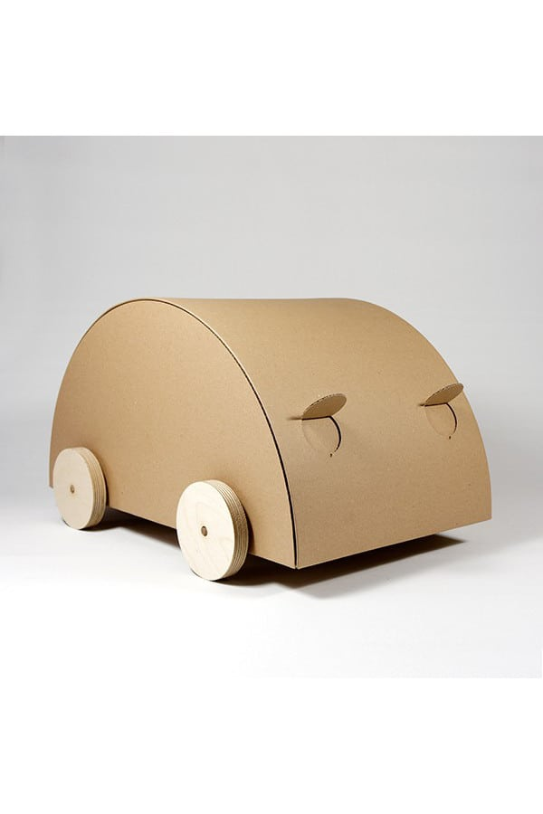 Kartonové auto KAARA