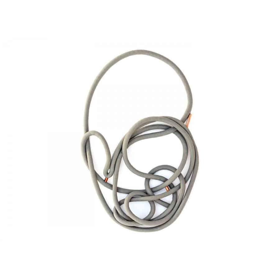 Zamotaný náhrdelník z lana
