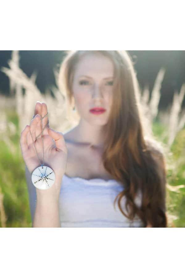 Sluneční čas (náhrdelník)
