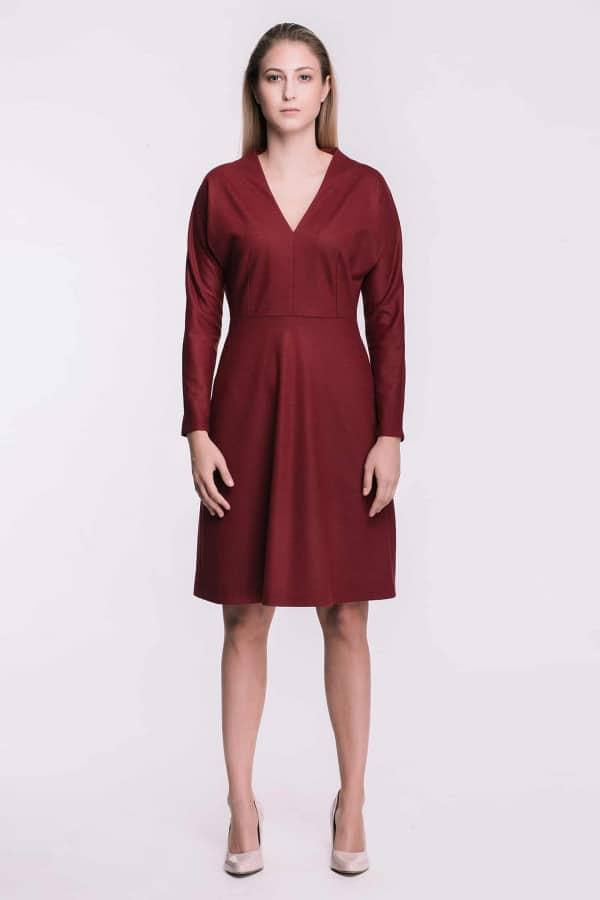Červené úpletové vlněné šaty