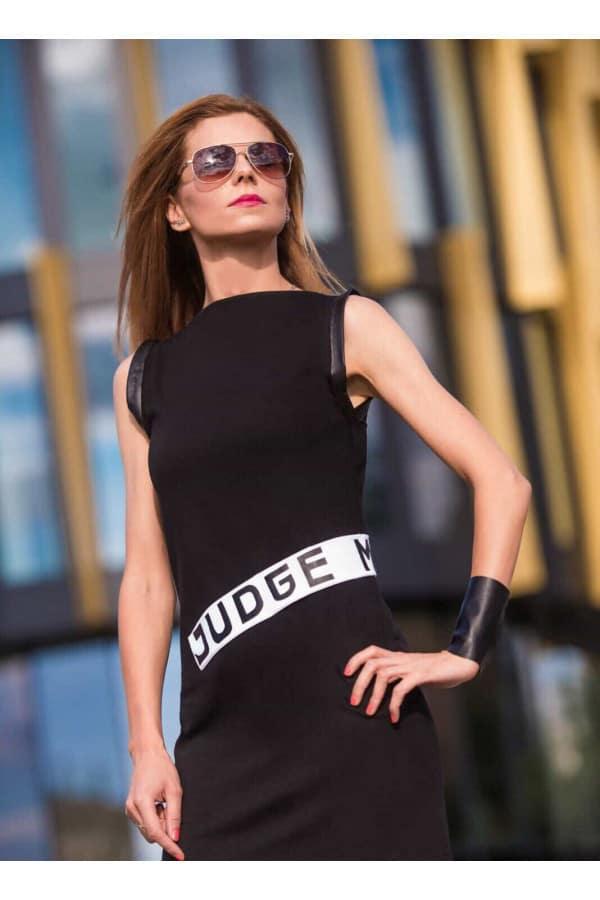Černé šaty Jedge me
