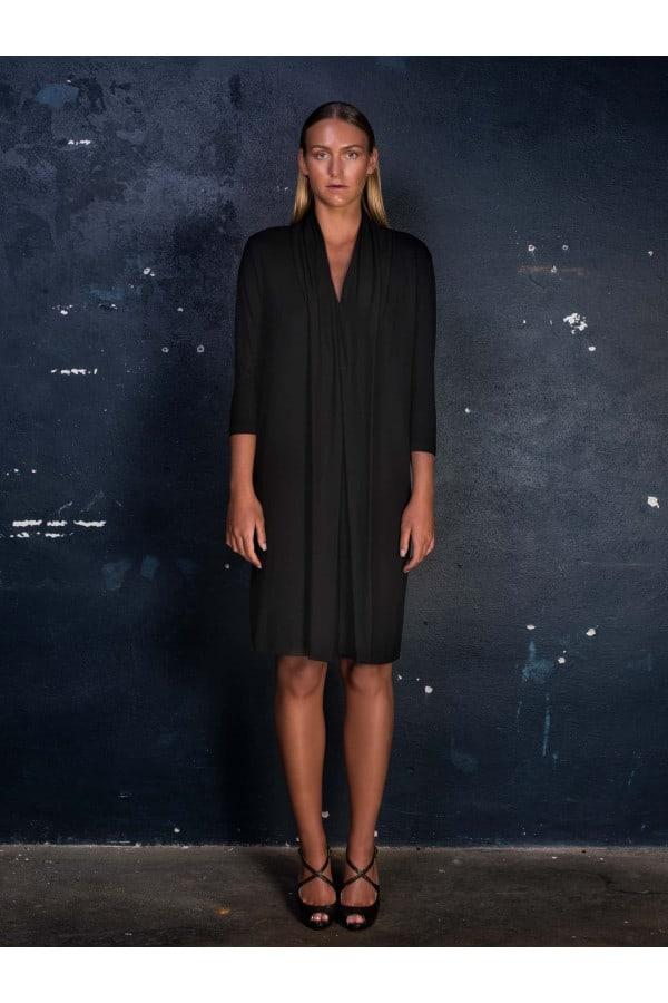 Šaty černé s vázačkou