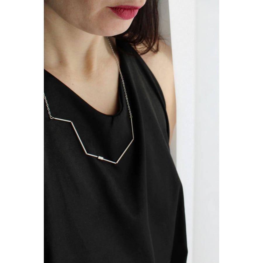 LINIE IX náhrdelník